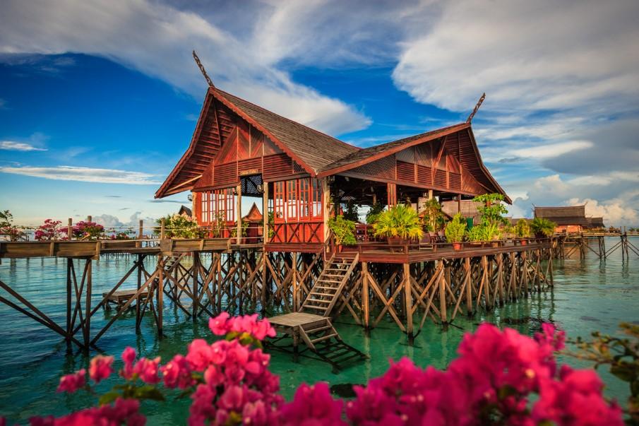 Kapalai kapalai dive resort malesia jambo tour - Kapalai dive resort ...